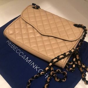 🌟Rebecca Minkoff quilted crossbody🌟